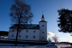 Fjotland kirke